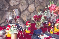 Table inspired by Russian nesting dolls ~ see more on: http://burnettsboards.com/2015/09/russian-wedding-inspiration-nesting-dolls/
