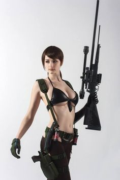 Quiet from Metal Gear Solid V  Cosplay by Tniwe cosplay  photo by Elena Misjuk #metalgearsolidv #cosplayclass #cosplay