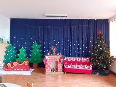 Classroom Decor, Curtains, Shower, Prints, Christmas, Home Decor, Rain Shower Heads, Xmas, Blinds
