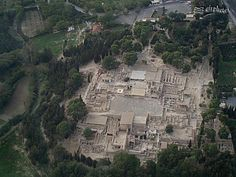 Aerial view of Knossos https://www.facebook.com/Greecefromhighabove/photos/a.358363461936.159504.52630421936/479026326936/?type=3&theater