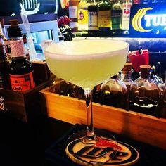 Green Apple  #vodka sour #cocktail #mixology #bartender #cocktailsagram#instadrink #alchemy #drinkporn #cocktailporn#cocktails