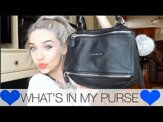 What's in  Amanda Steele's Purse