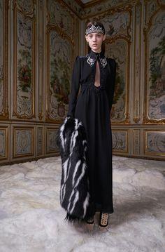 Giamba Fall 2017 Ready-to-Wear Collection Photos - Vogue
