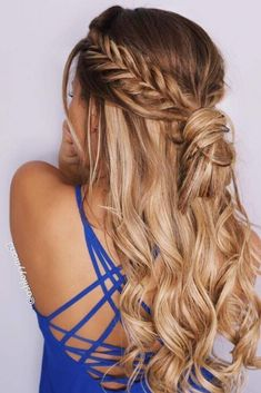 You know that formal hairstyles play a very important role in our formal looks. Whether you are going to celebrate your marriage or you are preparing for your prom night, we collected for you the most flattering ideas to make all your occasions wonderful. Go on reading and check them out! #hairstyles #formalhairstyles #eleganthairstyles #hairstylesforlonghair