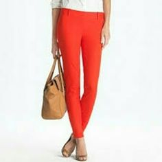 """Jcrew Minnie Pant in Stretch Twill These have been jammed to a 22.5"""" inseam. These are a size 4 petite. J. Crew Pants Ankle & Cropped"""