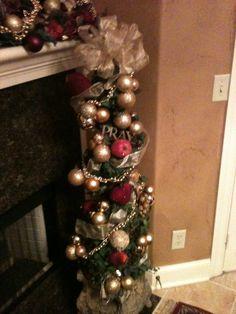 ff7525e21e8 Christmas Decor. Beautiful for around the mantle. Country Christmas