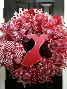 How will you Go Red? Help us raise awareness of the risks for women and heart disease by being part of the Go Red movement! Via Armstrong Philly Heart Health Month, Heart Month, Heart Awareness Month, Cancer Awareness, Red Campaign, American Heart Association, Go Red, Valentine Wreath, Heart Disease