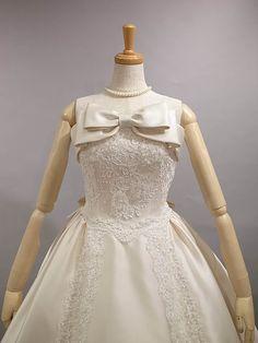 シルク ウェディングドレス レンタル