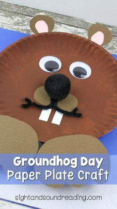 Groundhog Day Paper Plate Craft www. It is fun to make crafts for Groundhog's Day. Today we have an adorable Groundhog Day Paper Plate Craft. Kindergarten Groundhog Day, Groundhog Day Activities, Kindergarten Crafts, Classroom Crafts, Classroom Fun, Preschool Activities, Paper Plate Crafts, Paper Plates, Ground Hog Day Crafts