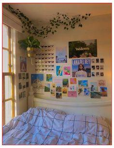 Indie Room Decor, Cute Bedroom Decor, Aesthetic Room Decor, Room Ideas Bedroom, Bedroom Inspo, Teen Bedroom, Hipster Room Decor, Aesthetic Photo, Bedroom Designs