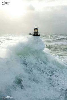 Avis de tempête en Bretagne !