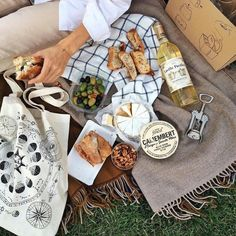 """""""Give me books, French wine, fruit, fine weather and a little music played out of doors by somebody I do not know. Picnic Date, Beach Picnic, Carne Asada, Comida Picnic, Wine Decor, Aesthetic Food, Food Styling, Food Inspiration, Food Photography"""