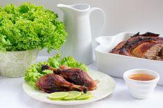 Rumiana kaczka pieczona po azjatycku #intermarche #kaczka Tandoori Chicken, Chili, Ethnic Recipes, Food, Chile, Essen, Meals, Chilis, Yemek