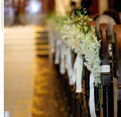 Babys breath pew hangs wedding aisle flower dcor wedding ceremony pew decorations church pew decorationschurch ceremony decorwedding junglespirit Choice Image