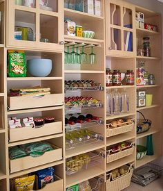 this pantry is so beautiful and organized, it brought a tear to my eye