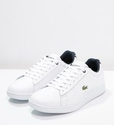 Trend Shoes Description Lacoste CARNABY EVO Low Top Sneakers white price promo Low Top Sneakers woman Zalando € Source by Lacoste Sneakers, Sneakers Mode, White Sneakers, Sneakers Fashion, Basket Sport, Mode Top, Shoes 2017, Clearance Shoes, Shopping