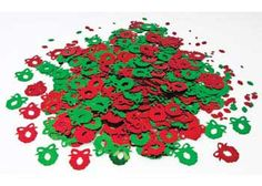 These fun and festive Christmas Wreath Sequins in Green and Red are perfect for decorating cards, gifts and ornaments this Christmas!