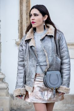 Spring trend: metallic outfits -  #Bag #black #Boots #cableknit #Chloé #chloéminimarcie #crystal #DarkBlue #DolceGabbana #Earrings #Fur #Gold #Jacket #Leather #Mango #Metallic #MiniMarcie #silver #Skirt #springtrend #stars #tassels #Tips #trendy #zara