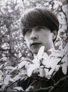 portrait of Bobby Gillespie. 1990s Music, Primal Scream, Alternative Rock Bands, I Believe In Love, New Romantics, Indie Pop, Punk Goth, Post Punk, New Wave