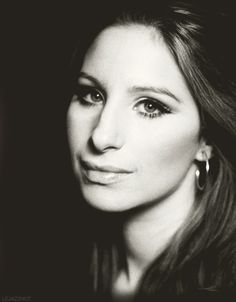 Barbara Streisand. Beautiful picture, beautiful singer. *jew, hooded Asian folds, with upward slant*