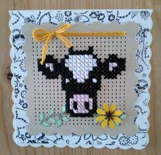 Cross Stitch Cow, Small Cross Stitch, Cross Stitch Boards, Cross Stitch Animals, Cross Stitch Designs, Cross Stitch Patterns, Cross Stitching, Cross Stitch Embroidery, Cute Sewing Projects