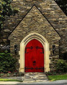 'All Who Enter' Trinity Episcopal Church in Gatlinburg, Tennessee