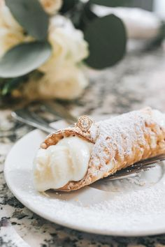 Cannolis, snow, rings, oh my! This winter wedding at Boston City Hall was simply perfect. The bride wore a knee-length lace dress and camel peacoat, the groom rocked a black suit, and they shared a cute clear umbrella to hide from the rain and snow! To warm up, they shared limoncello and cannolis at Caffe Vittoria in the North End of Boston. Rain, shine, wind, snow, Boston is the BEST place to elope! Check out more of Lena Mirisola's epic city elopements. Boston City Hall, Vintage Gold Engagement Rings, City Hall Wedding, Courthouse Wedding, Cannoli, On Your Wedding Day, Spice Things Up, Photography Ideas, Clear Umbrella