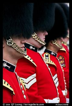 The Summer Opening of Buckingham Palace | bearskin hats ... |Buckingham Palace Guards Hats
