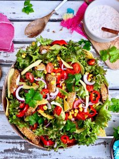 Tex Mex, Vegetable Pizza, Cobb Salad, Tacos, Food And Drink, Vegetables, Ethnic Recipes, Vegetable Recipes, Veggies