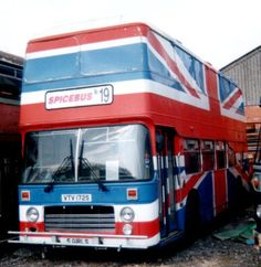 Anyone from the is likely to remember the spice girls. Here's he Union Jack bus used in SpiceWorld The Movie Geri Horner, Melanie C, Northern Irish, Union Flags, British Things, Uk Flag, Cars Uk, 90s Childhood, Song One