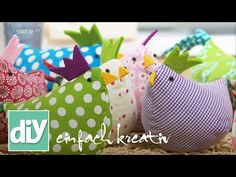 These Easter Chickens are colorful, funny, quick to make and very decorative! J … These Easter Chickens are colorful, funny, quick to make and very decorative! Easter Crafts, Diy And Crafts, Crafts For Kids, Fabric Crafts, Sewing Crafts, Sewing Projects, Sewing Tutorials, Chicken Crafts, Diy Ostern