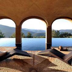 Castello di Reschio, Luxury Italian Villa for Rental, Umbria, Italy. 09