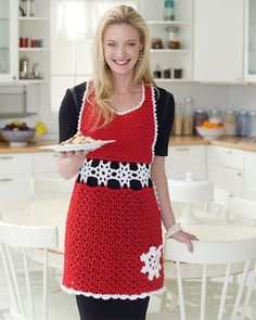 Oh what fun it will be to greet your holiday guests in this smashing apron! Crochet it with sparkly Shimmer yarn for yourself or present it as the perfect hostess gift.