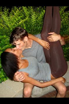 Interracial couple Kissing over and over <3 <3 <3 #Love #WhiteMenBlackWomen #BlackWomenWhiteMen #WMBW #BWWM Find your #InterracialMatch Here interracial-dating-sites.com #InterracialDatingSites #InterracialRelationships