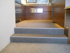 http://alternativesurfaces.net/wp-content/uploads/alternative-surfaces-portland-quartz-carpet-1.jpg