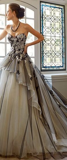 stunning ~ Colette Le Mason @}-,-;---