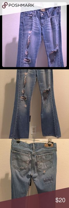 Abercrombie and Fitch size 6 Distressed size 6 A&F jeans bottom of jeans torn but not noticeable looks like part of the distressed denim look! Abercrombie & Fitch Jeans