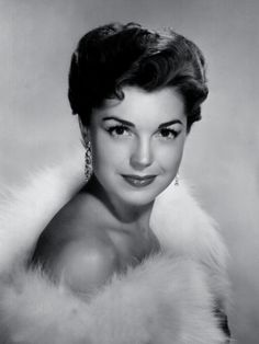 Esther Williams, Lost another Hollywood great today. May she rest in peace.