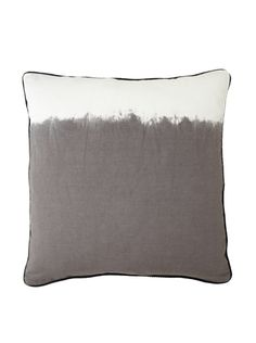 "66% OFF Villa Home Tribal Ashbury Pillow, Grey/White, 24"" x 24"""