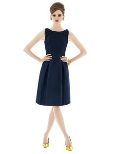 Alfred Sung Style D628 http://www.dessy.com/dresses/bridesmaid/d628/?color=midnight&colorid=47#.Uwv0svRdVyE