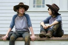Zombob's Zombie News and Reviews: A look at the stunt doubles for 'The Walking Dead'...
