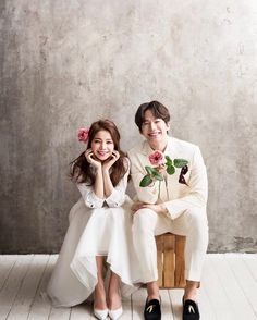 Elegant and All Natural 37 Korean Wedding Photos to Make Marriage Plans Next Summer - Wedding Pre Wedding Photoshoot, Wedding Poses, Wedding Shoot, Wedding Couples, Wedding Dresses, Korean Wedding Photography, Beauty Photography, Photography Backdrops, People Photography