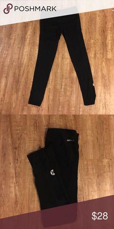 Hurley leggings Super soft black Hurley leggings. Made with Nike dri-fit. Good condition Hurley Pants Leggings
