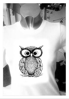 T shirt di Vajze su Etsy