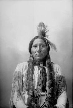 Kiowa man (Antique photo of Native American)