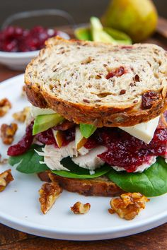 Sandwich recipes vary according to the type of sandwich. There are many types of sandwiches that you can make. Some of the more popular sandwiches Healthy Sandwich Recipes, Chicken Sandwich Recipes, Delicious Sandwiches, Bacon Recipes, Healthy Snacks, Healthy Eating, Cooking Recipes, Clean Eating, Gourmet Sandwiches