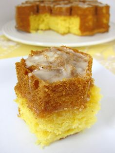 Amaretto Cake - oh yes.  One of my most favorite flavors!