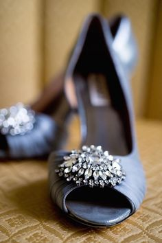 Elegant wedding shoes; photo: Lori Gail Photography