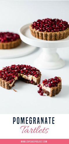 These pomegranate tartlets are healthy and delicious treats!  #healthyrecipes #healthyeating #pies