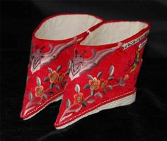 Antique-Chinese-Lotus-Shoes-Red-Silk-Embroidery-Bats-Butterflies